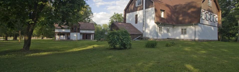 Baltakmeņu Muiža, viesu nams